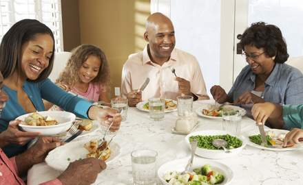 Tips to ensure a harmonious family dinner